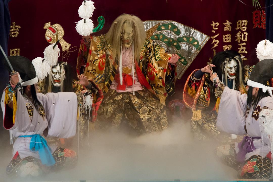 「吉田神楽団(安芸高田市)」の画像検索結果